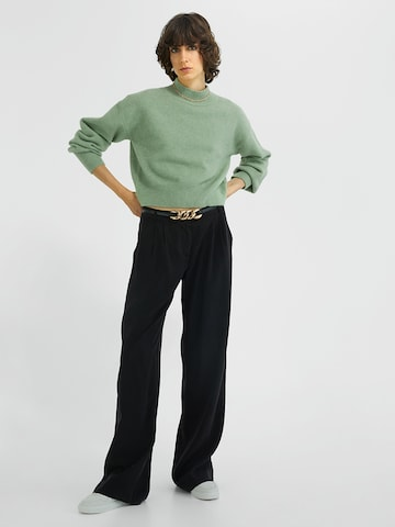 Young Poets Society Flared Chino  ' Matilda 214 ' in Schwarz