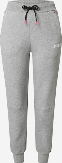 GUESS Sporthosen in hellgrau / weiß, Produktansicht