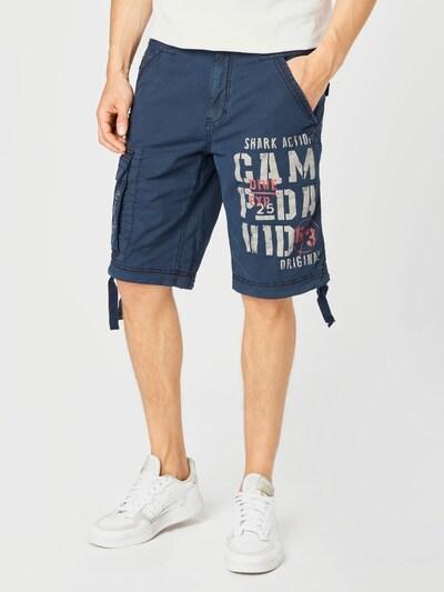 CAMP DAVID Pantalon cargo en bleu marine / saumon / blanc, Vue avec modèle