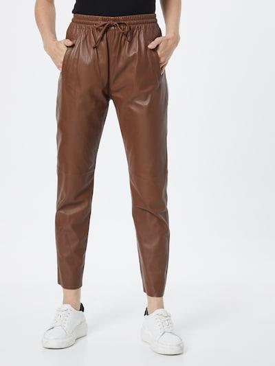 Pantaloni 'Gift' OAKWOOD pe maro, Vizualizare model