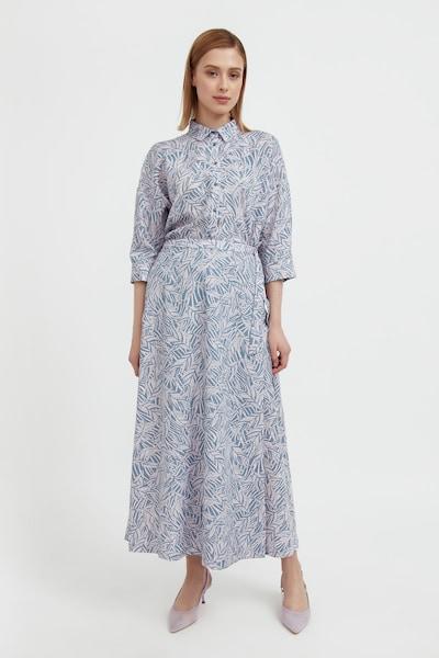Finn Flare Langarm-Bluse in hellblau, Modelansicht