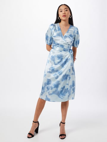 JUST FEMALE Šaty 'Laguni' - Modrá