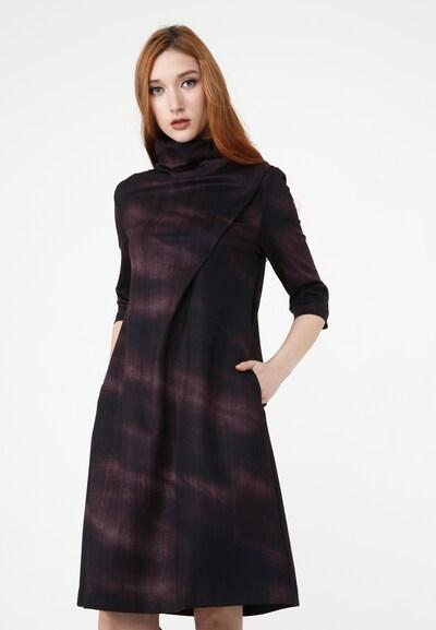 Madam-T Kleid 'Lilaina' in lila / schwarz, Modelansicht