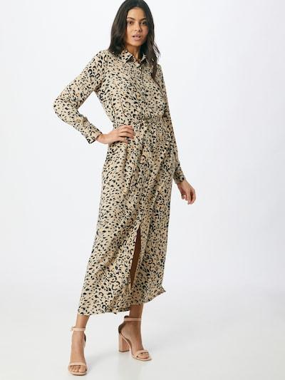 Another Label Robe-chemise 'Adeleide' en mastic / sable / noir, Vue avec modèle