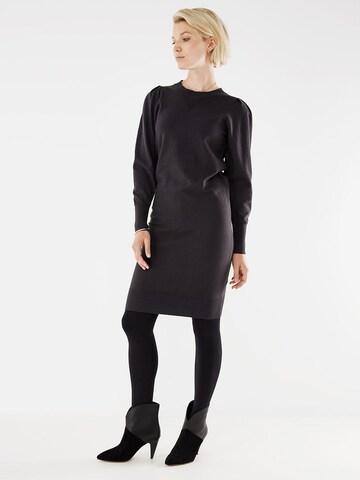 Robes en maille MEXX en noir