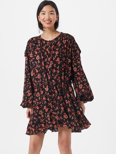 Free People Kleid 'FLOWER FIELDS' in beige / pastellrot / schwarz, Modelansicht