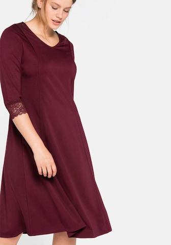 SHEEGO Puzdrové šaty - Červená