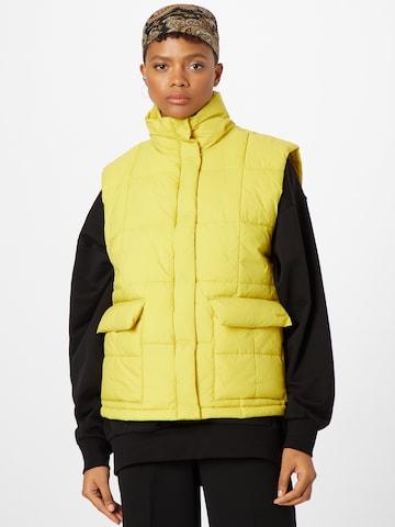 LEVI'S - Chaleco 'ROMY' en amarillo