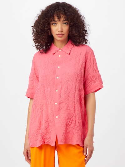 HOPE Blusa 'ELMA' en rosa, Vista del modelo
