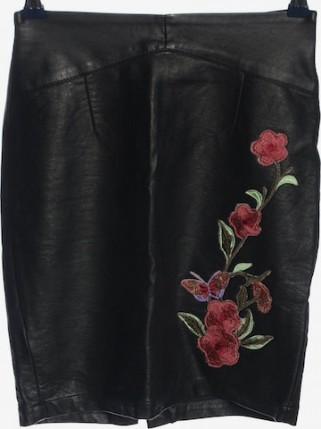 SISTERS POINT Skirt in XS in Black