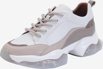 Ekonika Sneakers in White