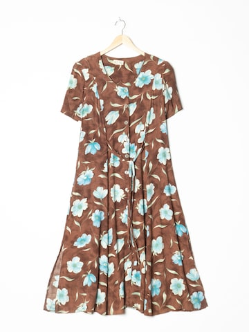 Nice Day Dress in M-L in Brown