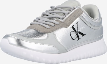 Calvin Klein Jeans Nízke tenisky - strieborná
