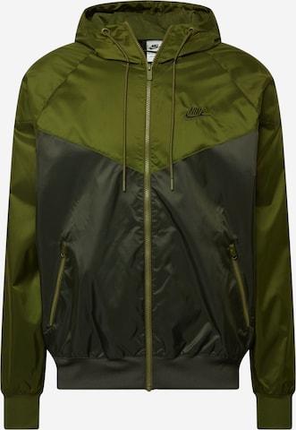 Nike Sportswear Sportjacka i grön
