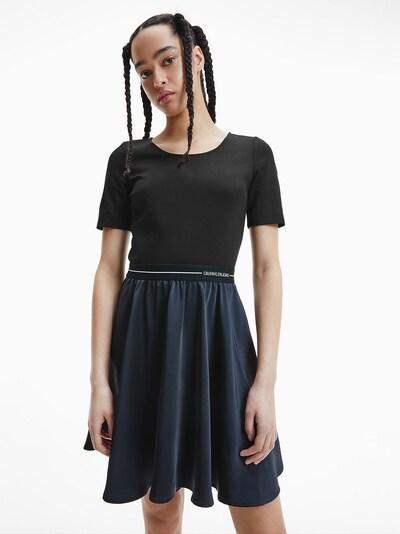 Calvin Klein Jeans Kleid in nachtblau / schwarz / weiß, Modelansicht