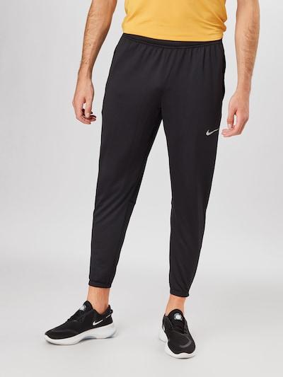 fekete NIKE Sportnadrágok 'Essential', Modell nézet