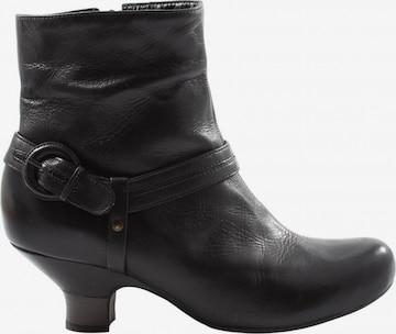CLARKS Dress Boots in 37 in Black