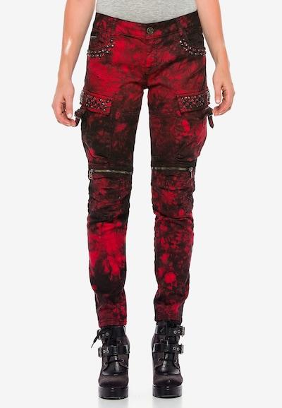 CIPO & BAXX Jeans in de kleur Bourgogne, Modelweergave