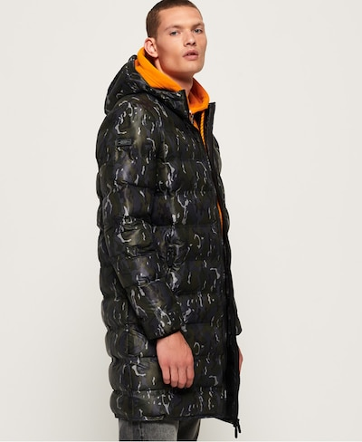 Superdry Winterjas in de kleur Donkerblauw / Grafiet / Donkergroen, Modelweergave