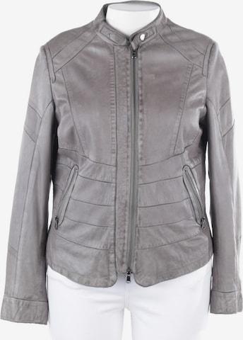 Schyia Jacket & Coat in L in Grey