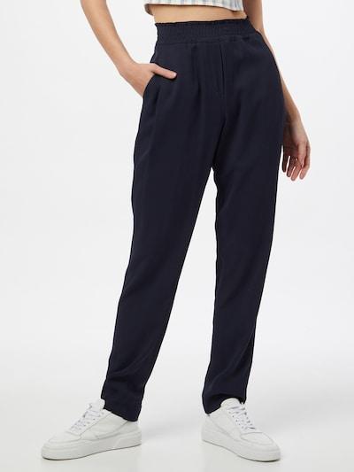 Pantaloni cutați 'MORRIS' BRAX pe albastru închis, Vizualizare model