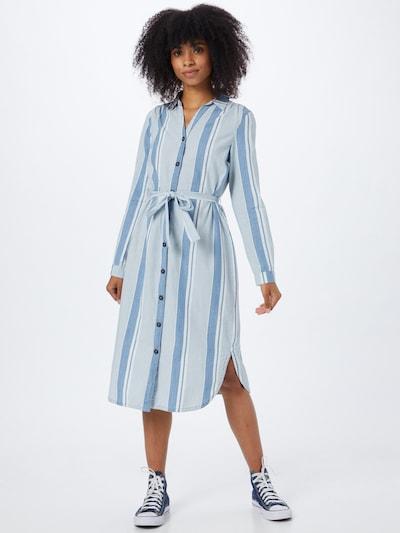 VERO MODA Košilové šaty 'AKELA' - modrá džínovina / bílá, Model/ka