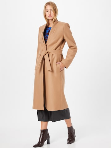 IVY & OAK Between-seasons coat in Beige