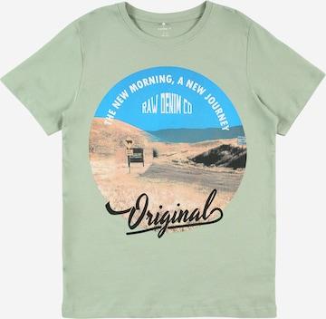T-Shirt 'KALMARO' NAME IT en vert