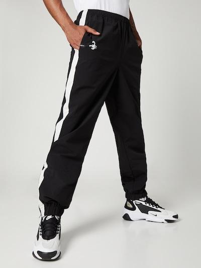 Pantaloni sport 'Sammy' VIERVIER pe negru, Vizualizare model