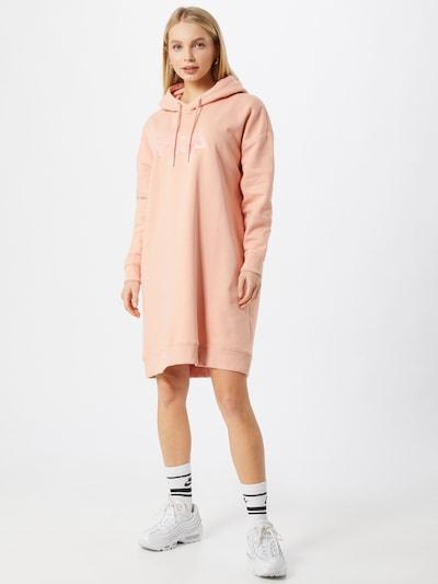 FILA Oversized mekko 'Teofila' värissä roosa, Mallinäkymä