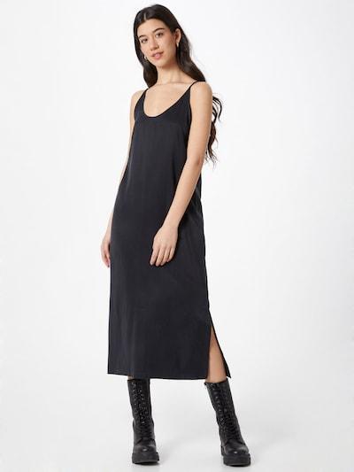 Rochie 'JUDIKA' DRYKORN pe negru, Vizualizare model