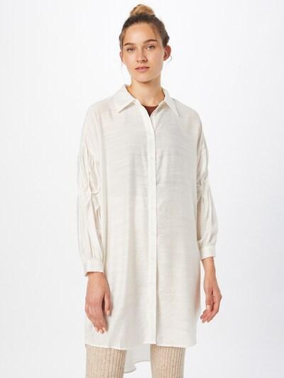 Bluză 'Vemilda' Cream pe alb, Vizualizare model