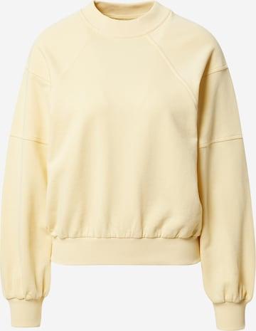 A LOT LESS Sweatshirt 'Kate' - (GOTS) in Gelb