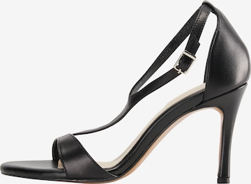 faina Sandalen met riem in Zwart