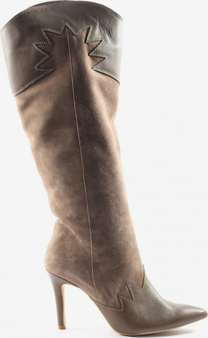 sacha Dress Boots in 39 in Brown