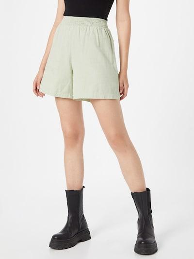 NA-KD Shorts in pastellgrün, Modelansicht