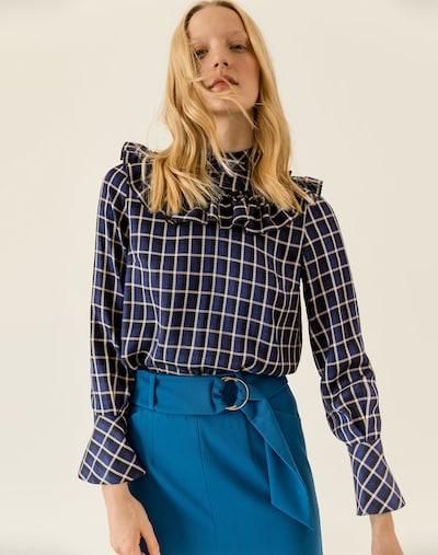 IVY & OAK Bluse in ecru / dunkelblau, Modelansicht