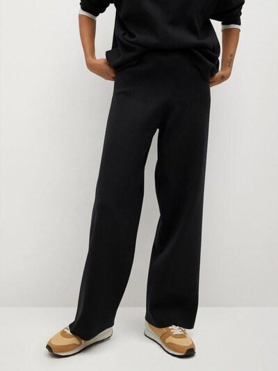 MANGO Broek in de kleur Zwart, Modelweergave