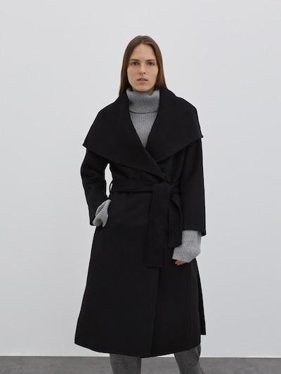 EDITED Manteau mi-saison 'Rosalie' en noir, Vue avec modèle