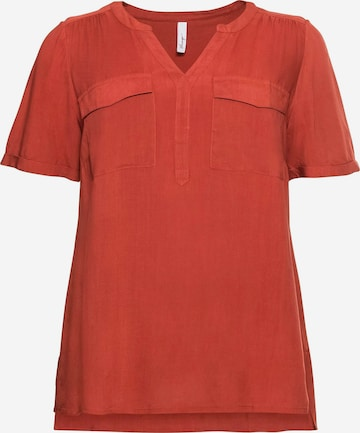 Bluză de la SHEEGO pe roșu