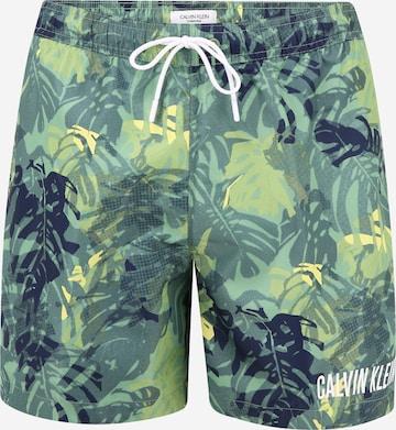 Calvin Klein Swimwear Badeshorts 'Intense Power' in Grün